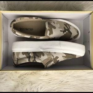 Platform camo sneakers